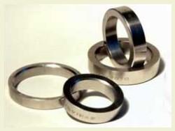 Dunimex - Fabricação com a barra de sede no torno mecânico